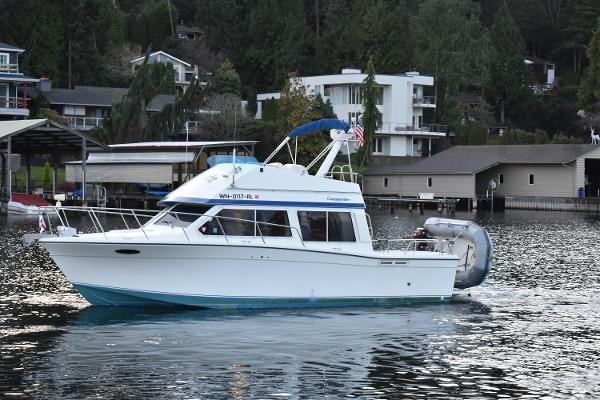 Commander 30 Sportfish Cruiser 30 Commander