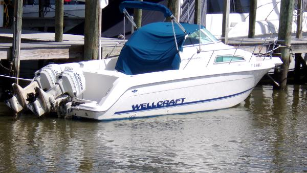 Wellcraft Coastal 264