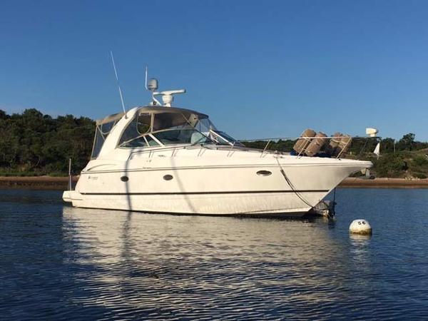 Cruisers 3672 Profile