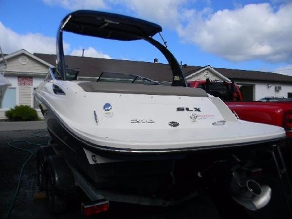Sea Ray 210 SLX BR