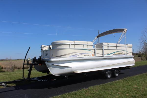 Sweetwater 2386 RE Tritoon