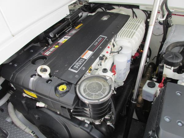400 HP Volvo Diesel 2