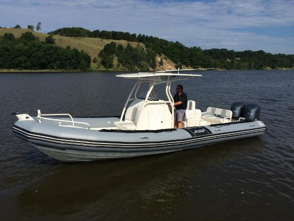 Zodiac Pro 850 Optimum NEO Twin 250hp DEC On Order