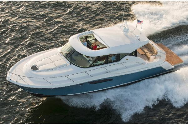 Tiara Yachts C44 Coupe Manufacturer Provided Image