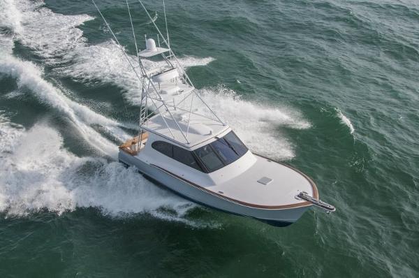 Jarrett Bay Hardtop Express Sportfish