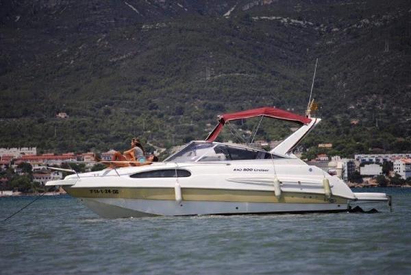 Rio Yachts 800