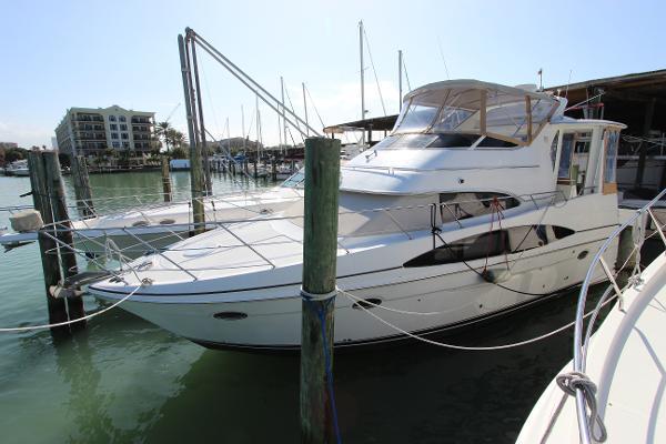 Carver 396 Motor Yacht Carver 396 Motor Yacht