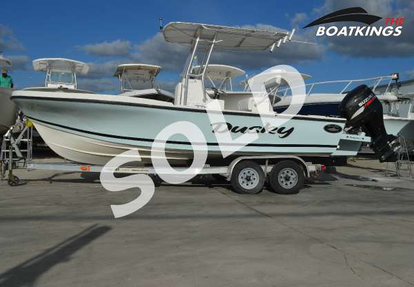 Dusky Marine 227 Open Fisherman