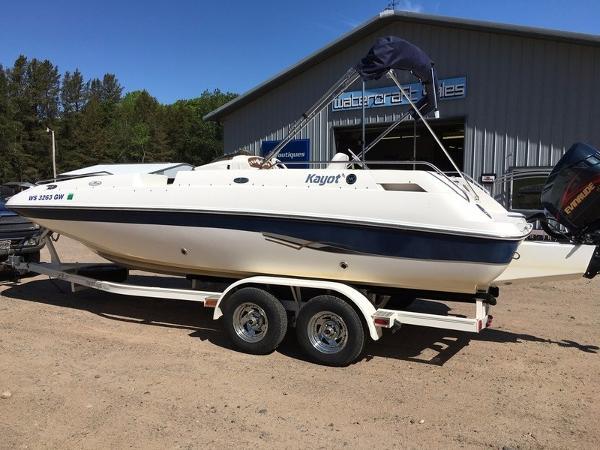 Kayot 226 Deckboat Ooutboard