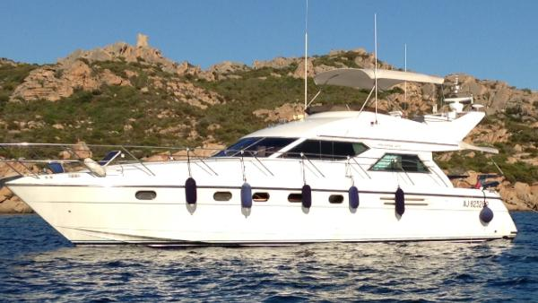 Marine Projects Princess 470 Fly