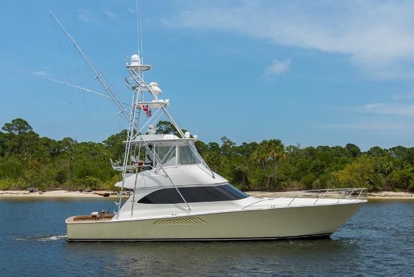 Viking 50 Conv Sport Fisher Fragrant Harbor