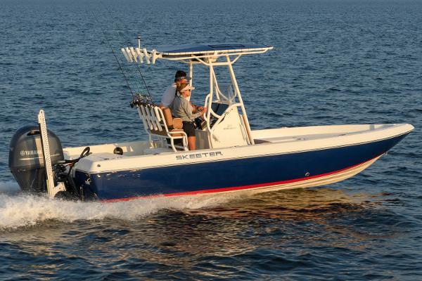 triumph 210 center console go boating review boats com rh boats com