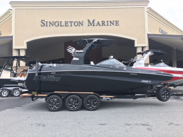 Malibu Boats LLC M Series M235