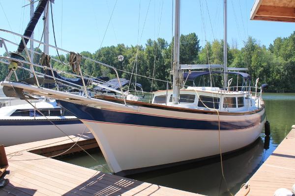 Islander Yachts Freeport
