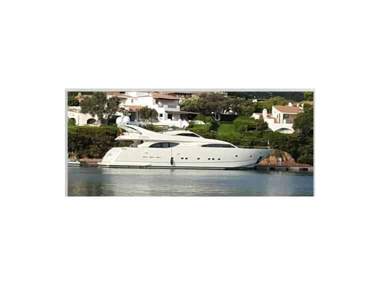 Ferretti Yachts CUSTOM LINE SPA FERRETTI CUSTOM LINE 94 FJ43853