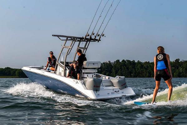 Yamaha Boats 195 FSH SPORT Manufacturer Provided Image