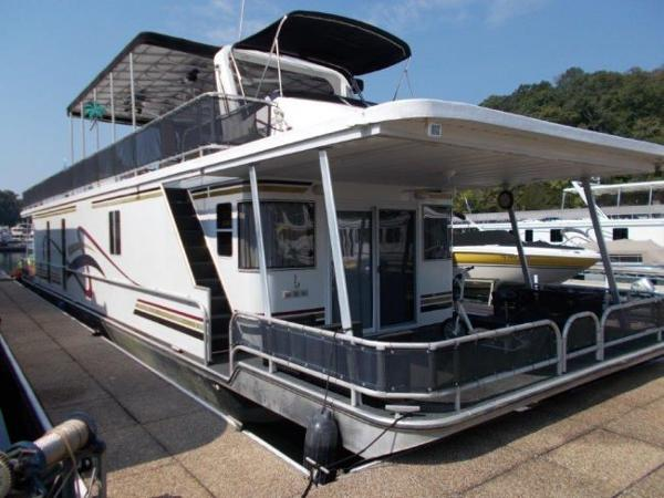 Funtime 16 x 68 Houseboat
