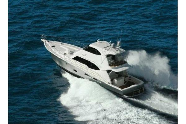 Riviera 77 ENCLOSED FLYBRIDGE Running Photo