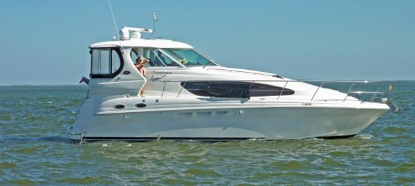 Sea Ray 40 Motor Yacht Profile