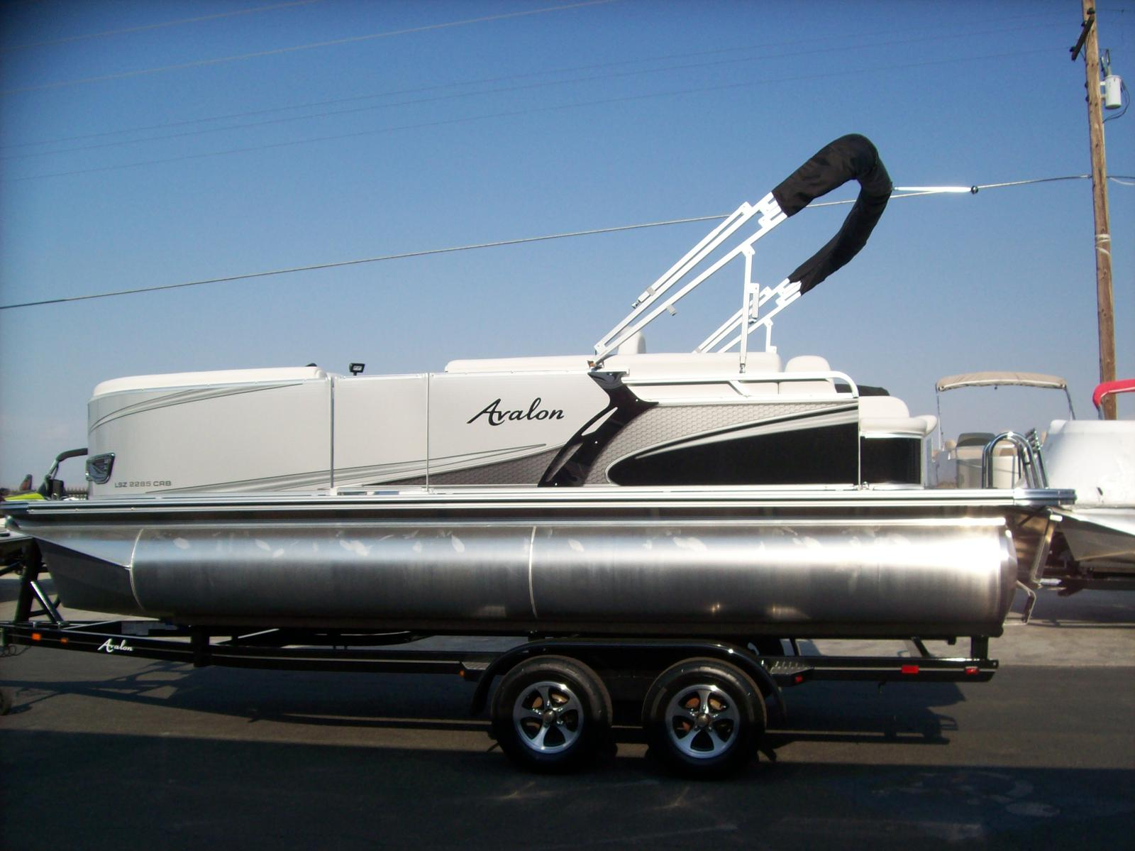 Avalon LSZ Cruise 22'-Mercury 60hp