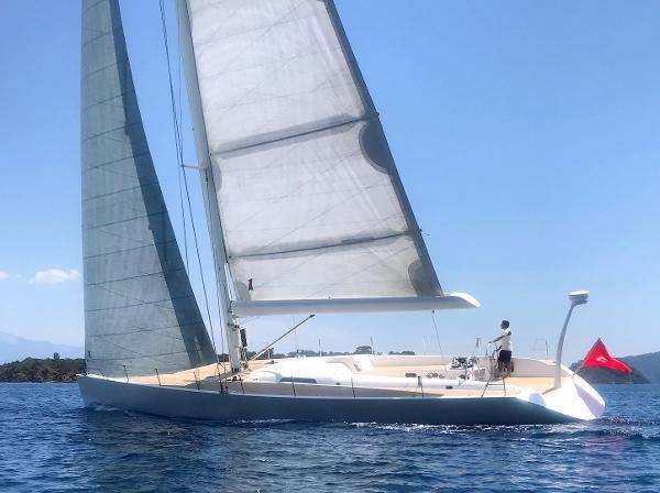 Maxi Dolphin Brenta MD66