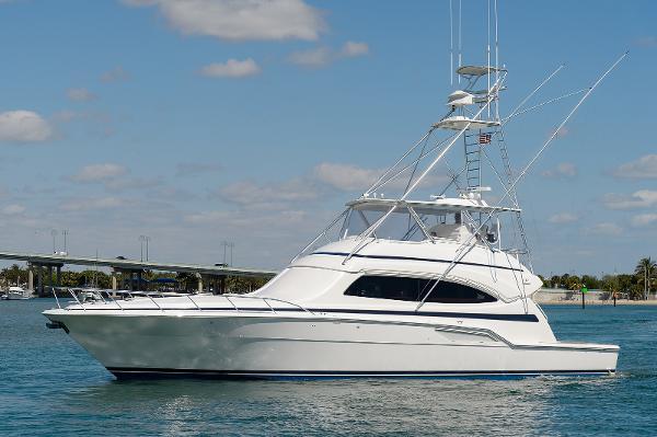 Bertram 67 Convertible Port Profile