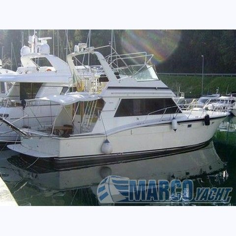 Hatteras 50 convertible fly Photo 1