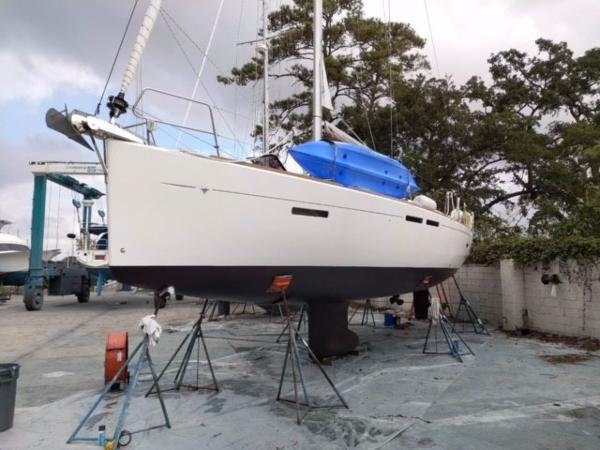 Jeanneau Sun Odyssey 409 10/2017 Fresh Bottom Paint