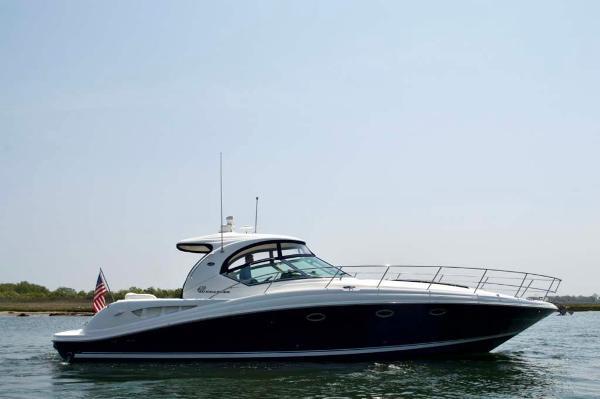 Sea Ray 420 Sundancer Profile