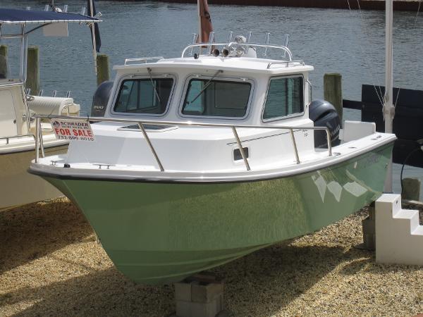 Parker 2120 DV Sport Cabin