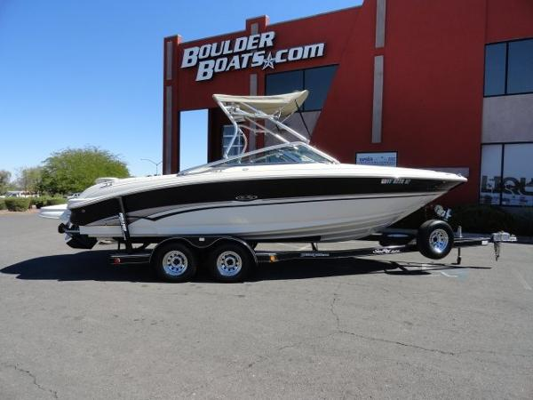Sea Ray 240 Bow Rider Executive Series
