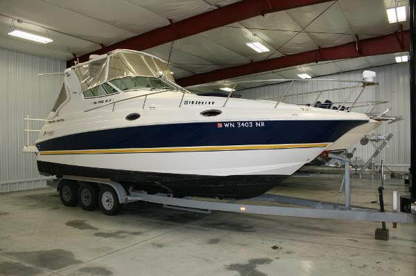 Cruisers Yachts 2800