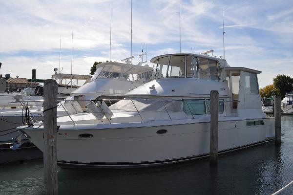 Carver 500 Cockpit Motor Yacht