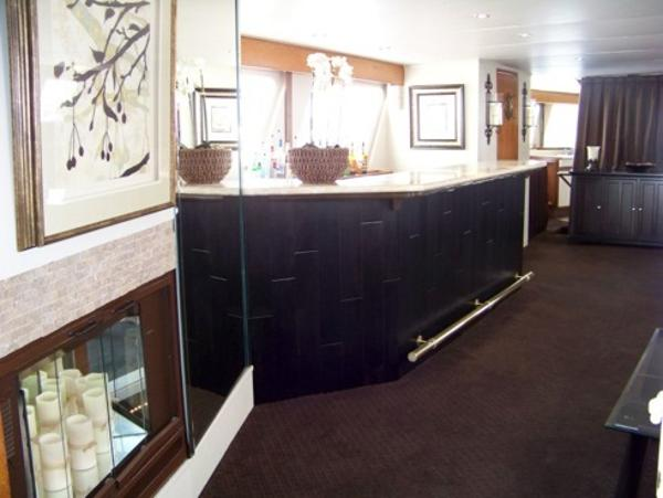 Bar in Salon