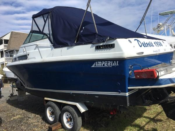 Imperial Boats 270