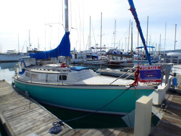 Newport 30 Mark II Starboard View