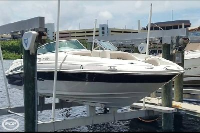 Sea Ray 220 Sundeck 2004 Sea Ray 23 for sale in Tampa, FL
