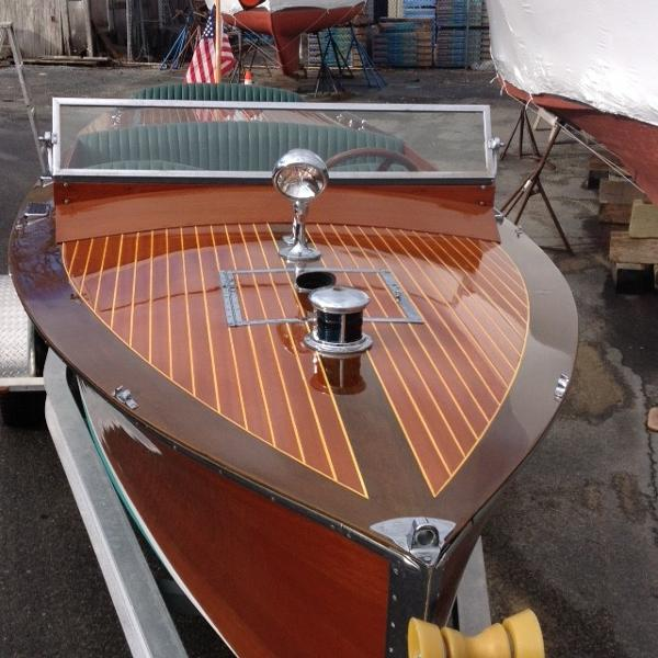 Chris-Craft Classic Model 3 Runabout