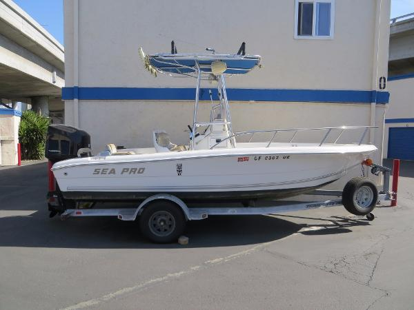 Sea Pro 190 Center Console w/Trailer Actual Boat