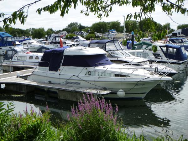 Marex 280 Holiday Marex 280 Holiday