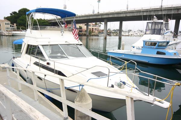Bayliner 3460 Trophy Convertible
