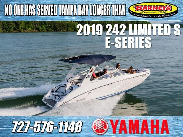 Yamaha Boats 242 Limited S E-Series