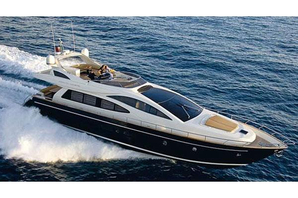 Riva 75 Venere Manufacturer Provided Image: Running