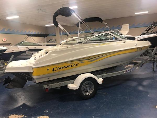 Caravelle 187LS Bow Rider