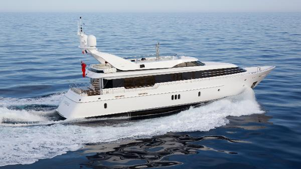 Feadship LA MASCARADE