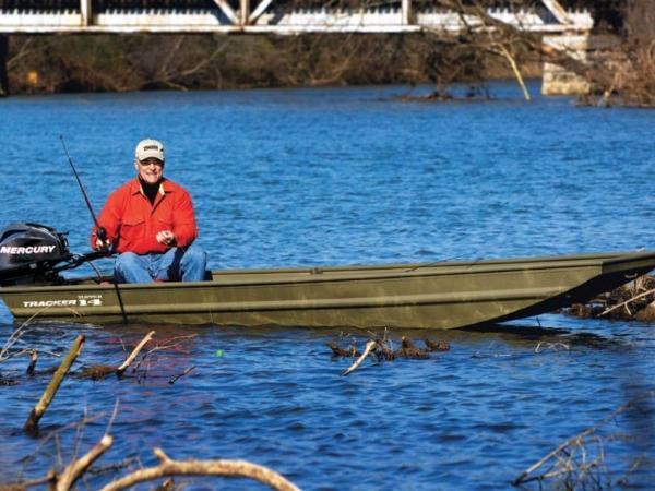 Tracker ® Boats Topper 1436