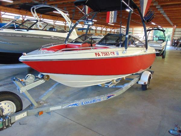Sunbird 180 Bow Rider