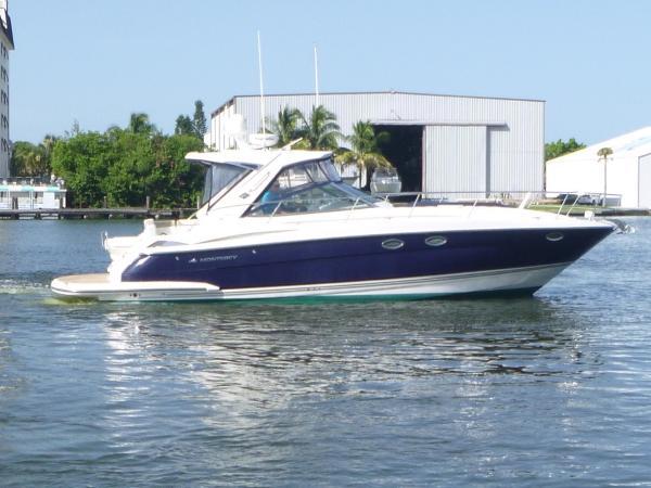 Monterey 40 IPS Sport Yacht