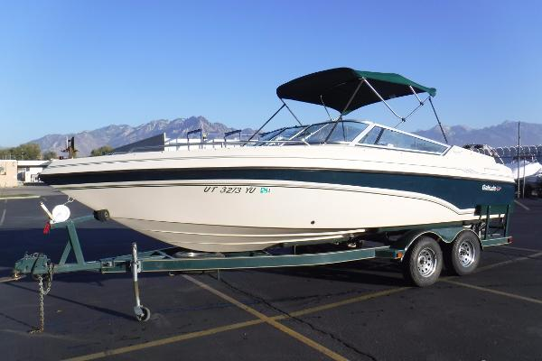 Galaxie Boat Works 2300 Bowrider