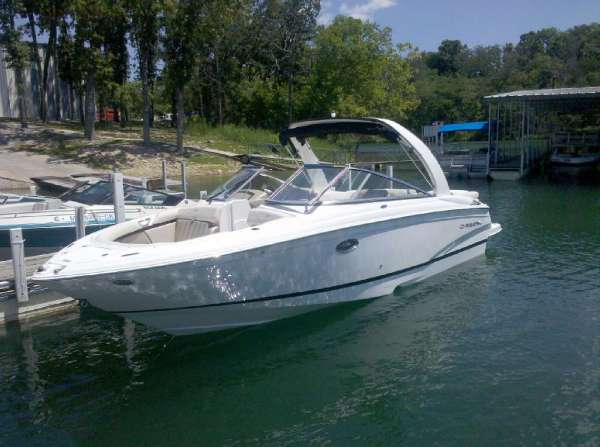 Regal 2700 ES Bowrider